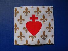écusson insigne tissu patch religieux Fleur de Lys Sacré Cœur de Jésus scout