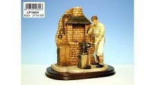 THE SMITHY FIGURINE FROM THE LEONARDO COLLECTION LP10824