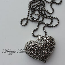 Beautiful heart charm pendent necklace love detailed