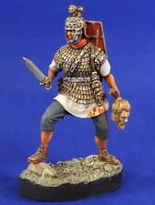 "Verlinden 54mm (1/32) ""Roman Army Conquest"" Legionary holding Head (w/Base) 2830"