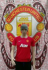 Manchester United 2011-2012 Official Nike Football Shirt (Youths 12-13 Years)