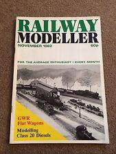 Railway Modeller Magazine - November 1982