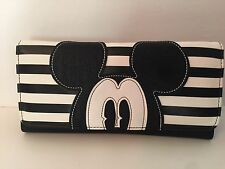 New Disney Parks Boutique Mickey Black And White Trifold Wallet Authentic FREE