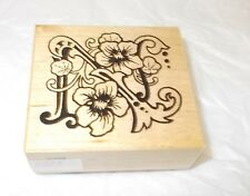 PSX F-1113 Alphabet N rubber stamp Letter wood mounted Flowers floral art stamps