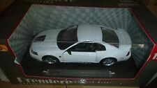 1999 FORD MUSTANG GT MAISTO 1:18 DIECAST WHITE