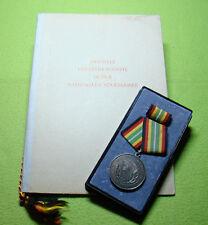 DDR Medaille & Urkunde - Für treue Dienste in der Nationalen Volksarmee - Silber
