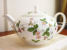 Wedgwood WILD STRAWBERRY Teapot Tea Pot  MADE IN ENGLAND - NEW!
