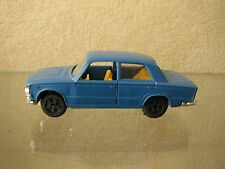 FIAT 125 PLASTIC on MEBETOYS E-578 tools 001 from Russia Soviet USSR