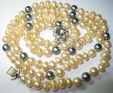 Pretty VINTAGE 1950s Simulated Pearl GLASS BEAD Individually Knotted NECKLACE