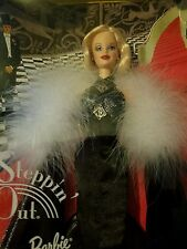 STEPPIN OUT 1998 Barbie GREAT FASHIONS 30s DECO Marilyn Monroe Face NEW NRFB