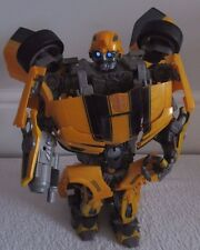TRANSFORMERS ULTIMATE BUMBLEBEE animatronic 14 inch ACTION FIGURE LIGHTS UP!!