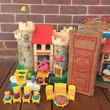 Vintage Fisher Price Little People Play Family Castle 993 Yellow Flag Boxes RARE
