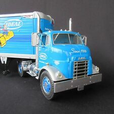 2002 Ideal Industries 1954 GMC Series 950 Cab & Great Dane Trailer 1/25 Ertl