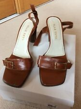 ELLE ZETA. DESIGNER  LEATHER UPPER & SOLE  BROWN ANKLE STRAP SHOE  SIZE 6 EUR 39