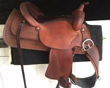 Crates Pleasure Trail Saddle With Matching Bridle, Reins, and Accessories