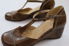 Women's Gentle Souls 7.5 M Brown T-Strap Wedge Pumps Brown Clay Crackle
