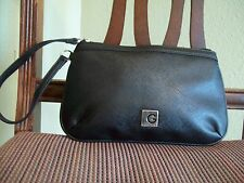 GUESS wristlet handbag wallet black faux leather zipper closure