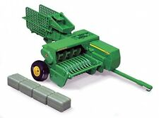 NEW John Deere  348 Square Baler with Bales 1/16 Scale TBE45220
