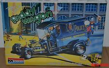 New Monogram Tom Daniel Paddy Wagon 1:24th scale Hot Rod Police car with figures