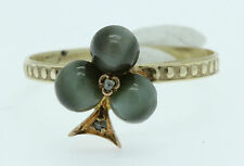 Un insolito SHAMROCK Cabochon CHRYSOBERYL Cats Eye & DIAMOND RING