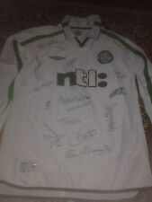 Celtic FC  HAND SIGNED  football away top 12 autographs
