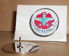 Parachute Regiment poppy Lapel pin badge