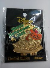 VHTF JDS Halloween 2005 3D Compact Trap Chip & Dale LE 800 PIN(Tokyo Disney Lot)