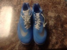 NIKE HYPERLIVE North Carolina Blue/Metallic Grey/White Men's Sz 17.5 (834488-403