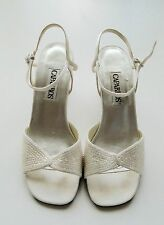 CAPARROS WOMEN'S Ivory Slingbacks Hills Shoes Size 8B