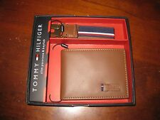 NWT MENS TOMMY HILFIGER SLIM PASS CASE AND KEY FOB SET