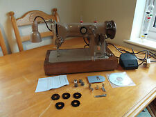 RARE SINGER 316g 11 ELECTRIC SEWING MACHINE ALL METAL, DECORATIVE STITCHES