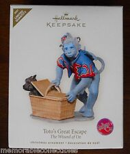 Hallmark Flying Monkey TOTO'S GREAT ESCAPE Wizard of Oz Limited Premier Ornament