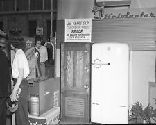 Vtg 1950's BLACK & WHITE Kelvinator Refrigerator (Fridge) APPLIANCE Store Photo