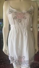Ladies E-vie White Sleeveless Beautiful Embroidered Cotton Dress One Size Vgc