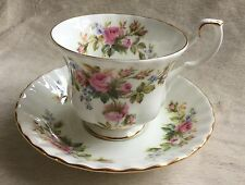 VINTAGE ROYAL ALBERT MOSS ROSE TEA CUP & SAUCER EXCELLENT CONDITION