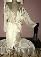 VTG VANITY FAIR YELLOW SOFT SILKY NYLON DRESSING GOWN ROBE SIZE 36 BUST to 44""