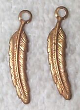 VINTAGE FEATHER DESIGN BRASS CHARMS DROPS STAMPINGS WITH RING 10 PCS