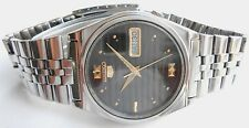 RARE VINTAGE SS SEIKO 5 DULL BLACK DIAL MID SIZE AUTOMATIC MENS WRISTWATCH