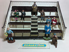 Scalextric Tri-ang Vintage 1960's SPECTATOR STAND K705 (WITH FIGURES) BUILT KIT