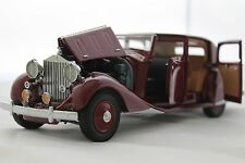 DANBURY MINT 1938 ROLLS-ROYCE PHANTOM III IN GARNET 1:24 SCALE NIB W/TITLE