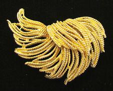 VINTAGE 1950s 60s SIGNED B.S.K. BROOCH MOD FEATHER DESIGN GOLDEN