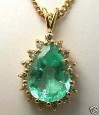 EMERALD COLOMBIAN PENDANT 9.20 CTS DIAMONDS 0.32 CTS8 – GOLD 14kt