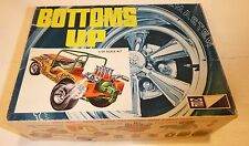 MPC BOTTOMS UP JEEP 1/25 MODEL CAR MOUNTAIN 1-0742-225