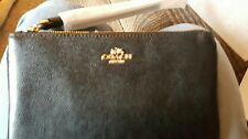 COACH F57465 new with tags BLACK LEATHER WRISTLET LARGE