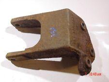 87-90 Jeep Wrangler motor mount bracket 258 4.2 engine YJ 8952002441 Left side