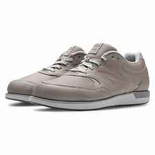 New Balance 985 - Leather Walking Shoes - Brand New - 8.5 4E Medium Beige