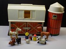 Vintage 1967-68 Fisher Price Play Family Little People Farm Barn Silo & Figures