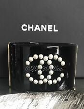 NWT CHANEL $1925 CC Pearl Dots Cuff Bubble Medium Row Black Bracelet Bangle NEW