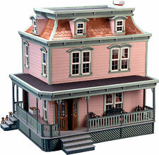 Greenleaf Dollhouses Lily Dollhouse