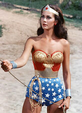 PHOTO WONDER WOMAN - LYNDA CARTER REF (CAR6532)